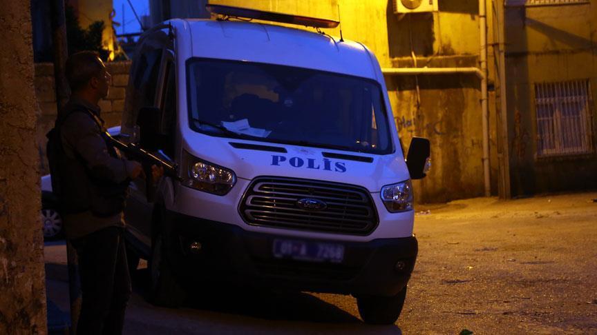 Adana`da PKK`ye operasyon: 20 g�zalt�
