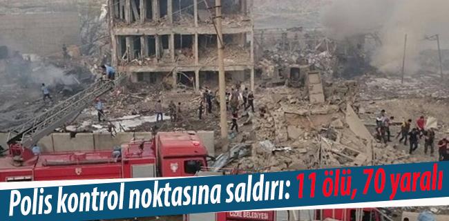 Cizre`de polis kontrol noktas�na bombal� ara� sald�r�s�: 11 �l�