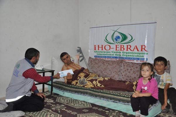 IHO EBRAR'dan fakir ailelere nakdi yardım yapıldı