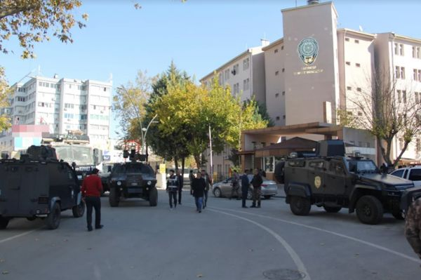 Gaziantep'te kepenk kapatan 16 kişi gözaltına alındı