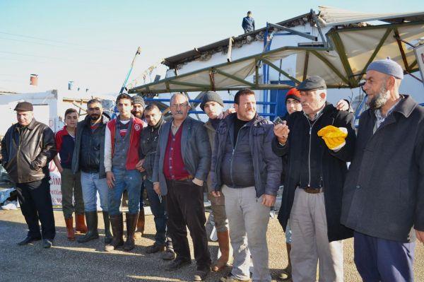 İş yerleri yıkılan esnaftan belediyeye tepki