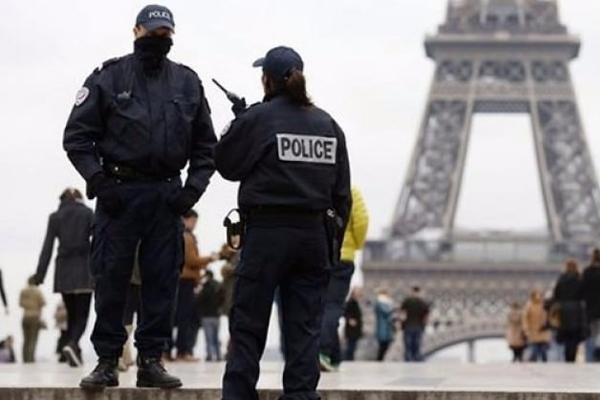 Fransa'dan bir sınırlama daha!