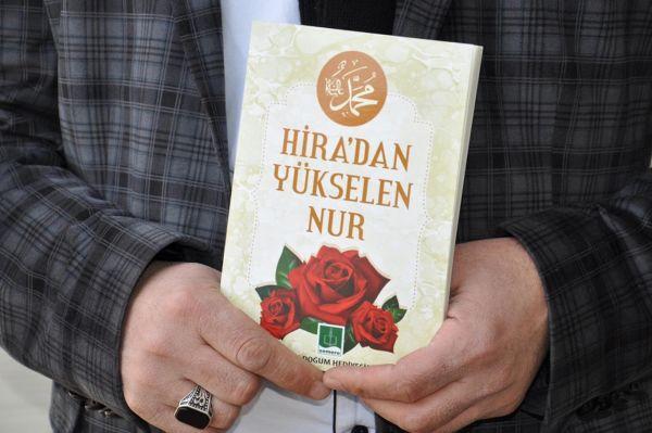 Li tevahiya Tirkiyê dê milyonek kitêbên siyerê bên belavkirin