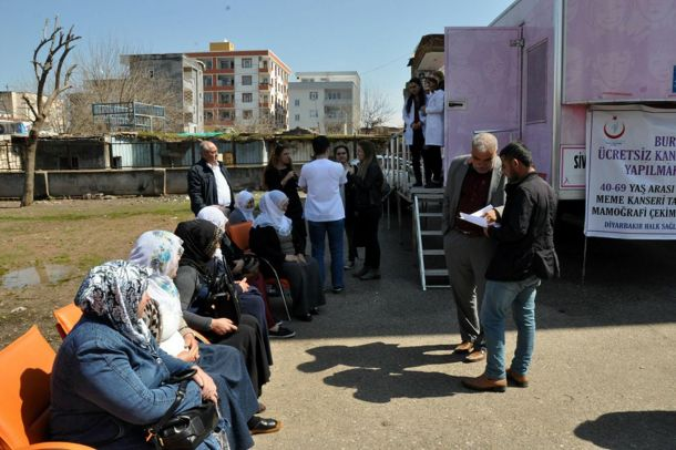 Diyarbakır`da kanser taraması devam ediyor
