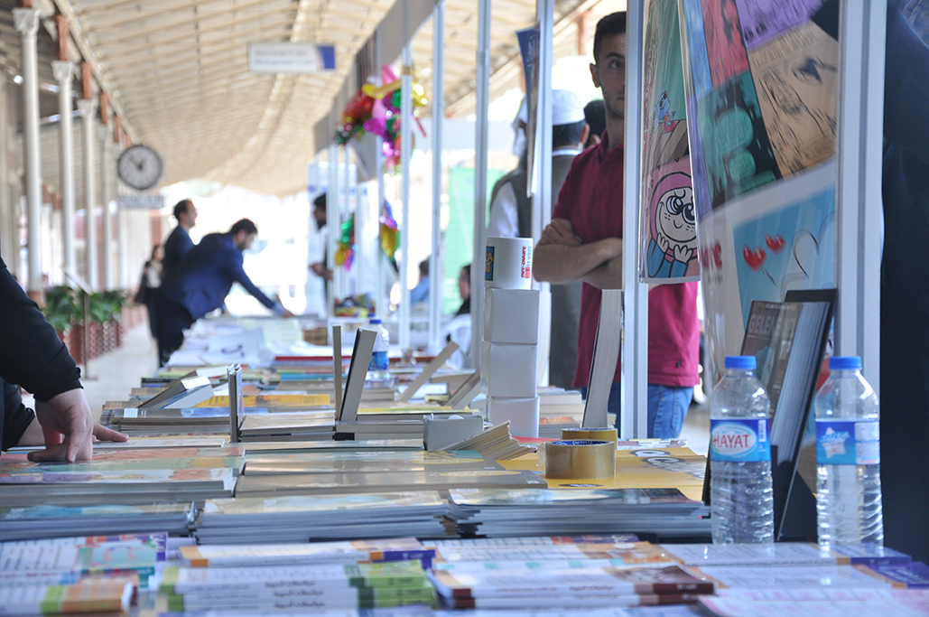 Şanlıurfa'da '15 Temmuz darbe girişimi' konulu resim çalıştayı