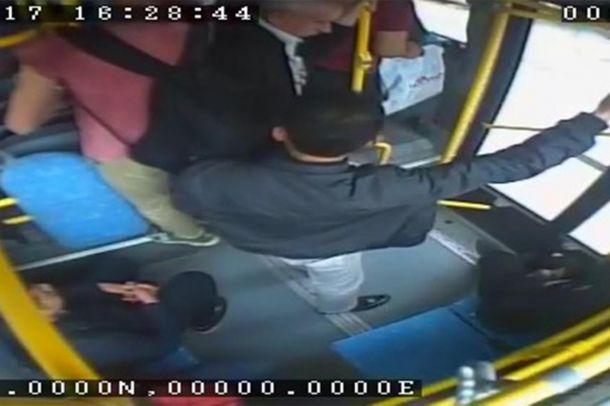 Otobüste yankesicilik yapan bir kişi tutuklandı