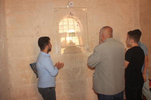 Mardin Ulu Camii`de Sakal-ı Şerif heyecanı