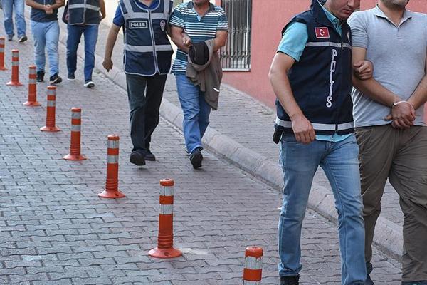İstanbul`da 168 şüpheliye FETÖ operasyonu