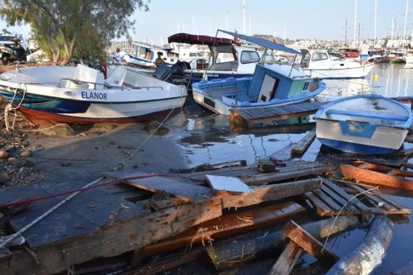 Deprem sonrası objektiflere yansıyan kareler