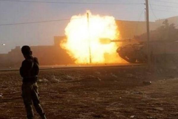 Esed ateşkesi ihlal etti, 20 askeri öldü