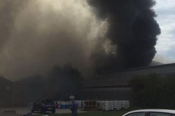Londra`da Southend Havalimanı yakınlarında patlama