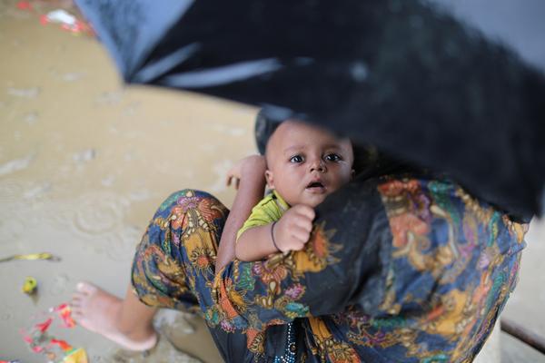 Bangladeş`e sığınan Arakanlı Müslümanların yürek burkan dramı
