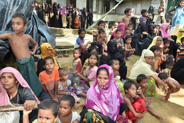 '3 bin Arakanlı Müslüman'a yardım ulaştırıldı'