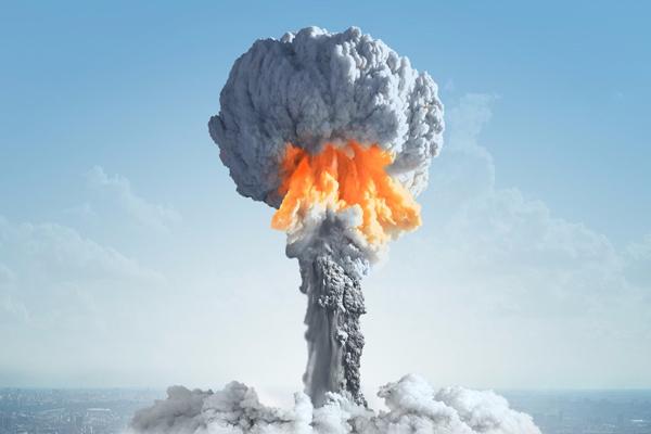 İran'la nükleer anlaşmanın geleceği: Riskler ve tehditler