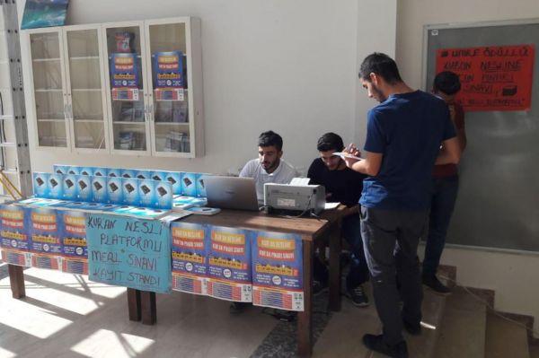 Harran Üniversitende Kur'an Meali Sınavı standı açıldı