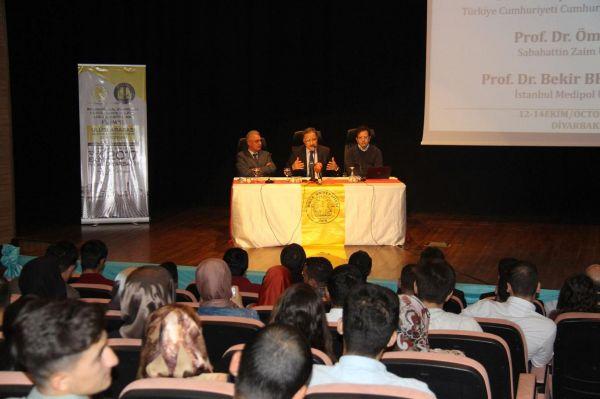 Diyarbakır'da 'Uluslararası Ekonomi, Siyaset ve Yönetim Sempozyumu' düzenlendi