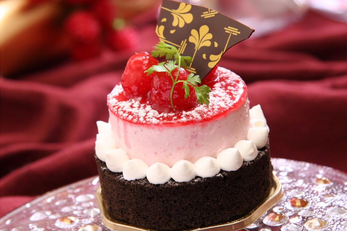 Поздравления с днем рожденья для молодой женщины