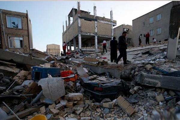 İran'da hayatını kaybedenlerin sayısı 328'e yükseldi