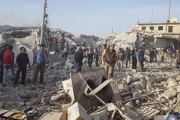 Rus uçakları Etarib'de pazar yerini vurdu: 43 ölü
