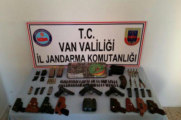 Van'da bir PKK'li gözaltına alındı