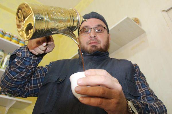 Suriye'nin kahve kültürünü Diyarbakır'da yaşatıyor