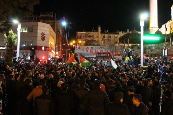 Elazığlılar Kudüs için sokağa döküldü