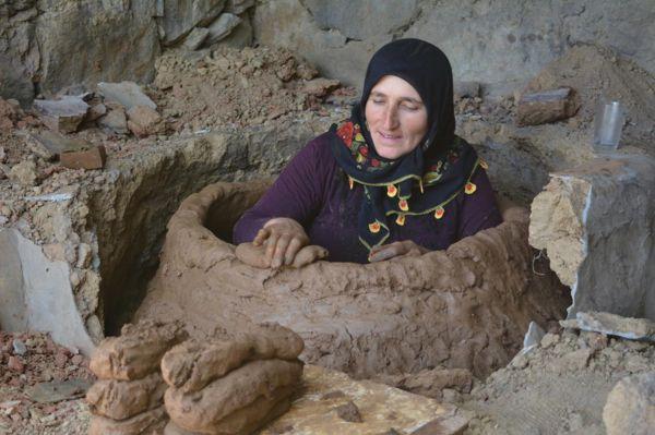 Tandır kültürü Sason'da sürdürülüyor