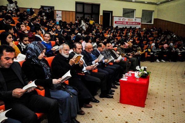 'Dinimiz İslam'ın ilk emri okumaktır'