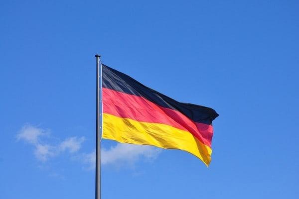 Almanya'dan işgal rejimine tepki!
