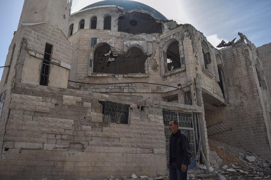 PKK'liler Almanya'da camiye molotof attı