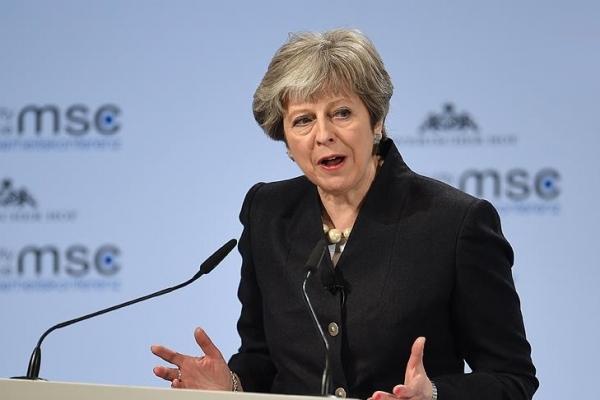 İngiltere Başbakanı: Suriye'ye saldırmak ulusal çıkarımızaydı