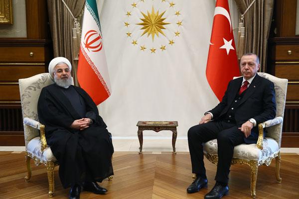 Cumhurbaşkanı Erdoğan ile Ruhani`nin görüşmesi başladı