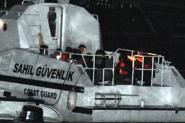 Ege Denizi`nde yasa dışı göçle mücadele