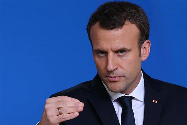 Macron işgalci israil saldırılarını kınadı