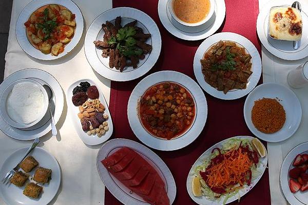 Sağlık Bakanlığından Ramazanda beslenme uyarısı!