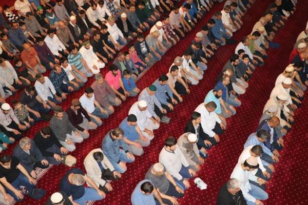 'Ramazan ayına kavuştuğumuz için mutluyuz'