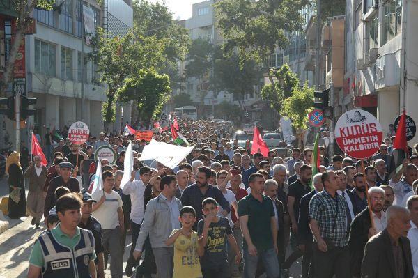 Filistinlilere yönelik katliam telin edildi