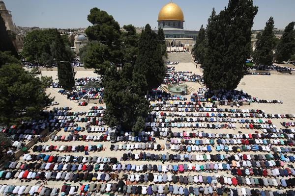 Kudüs`te Cuma Namazı