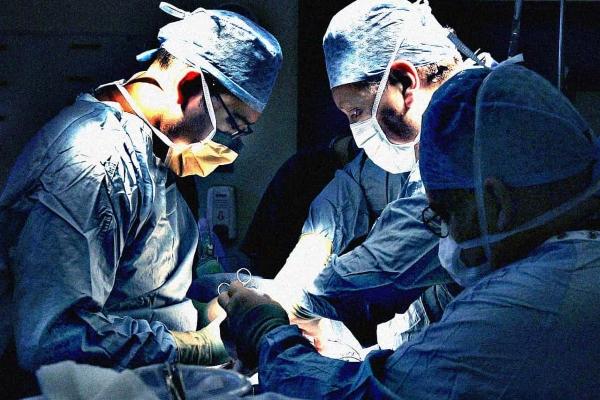 Çocukları bademcik ameliyatı yaptırmak daha tehlikeli!