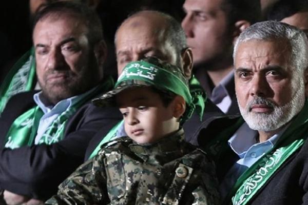 Hamas: Ablukadan israil ve Mahmud Abbas sorumlu