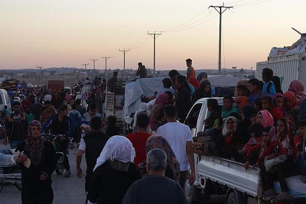 Ürdün sınırındaki Deralı sayısı 270 bine ulaştı