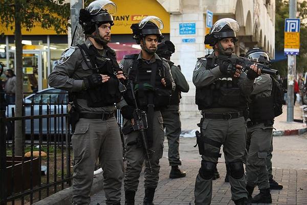 İşgalciler ilk 6 ayda 3 bin 533 Filistinliyi esir aldı