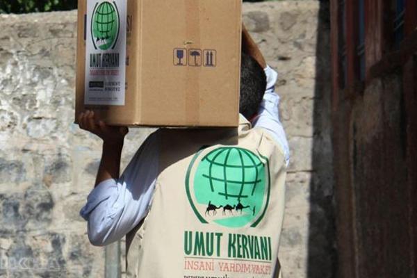 Diyarbakır Umut Kervanı'ndan anlamlı hediye