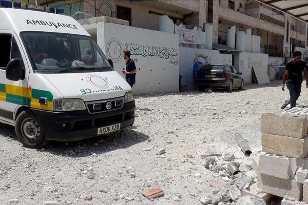 İdlib'de Baas rejiminin hava saldırıları devam ediyor