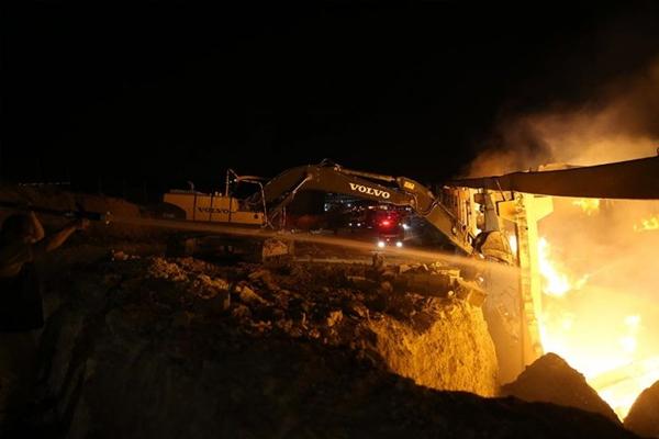 Şanlıurfa`da iplik fabrikasında yangın