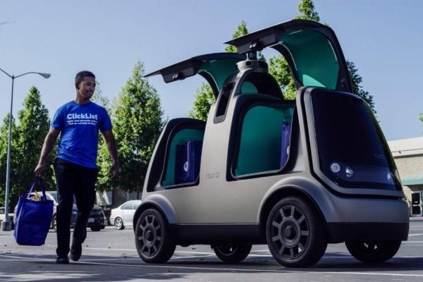 Siparişleri eve sürücüsüz arabalar taşıyacak