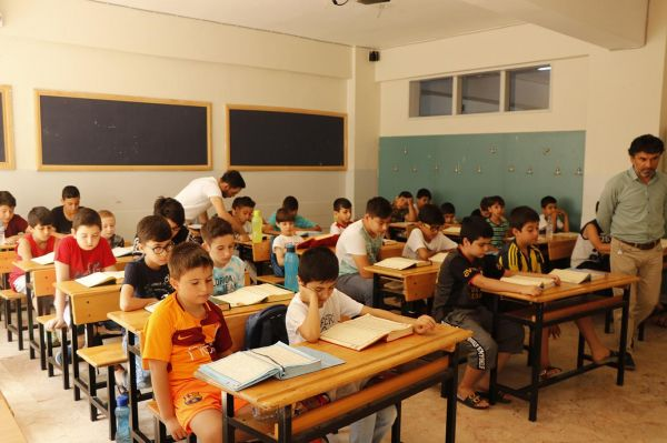 Kur'an kurslarında öğrenilen bilgiler yazla sınırlı kalmasın