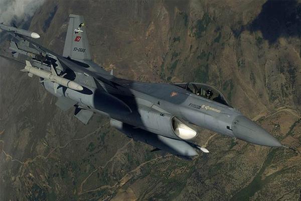 Hakkari kırsalında 4 PKK'li etkisiz hale getirildi