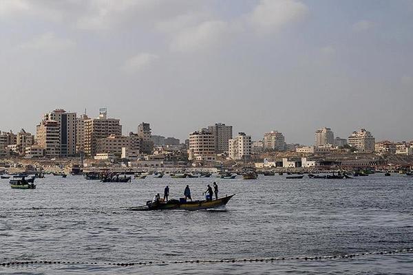 İşgalci israil, Filistinli 2 balıkçıyı kaçırdı