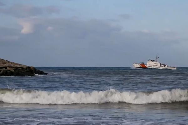 Kastamonu`da denize giren iki genç kayboldu